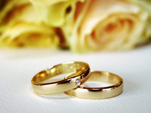 Top 7 reasons to take off your wedding ring thetoolsmans blog i have heard people make the argument that you are never supposed to take of your wedding ring what never take off your wedding ring thats craziness junglespirit Gallery